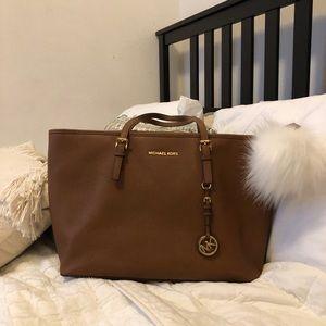 LIKE NEW Michael Kors Purse/Laptop Bag